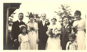 "Wedding portrait of Lucy M. Shatzke and Theodore ""Dave"" Broida, 20 Aug 1916."