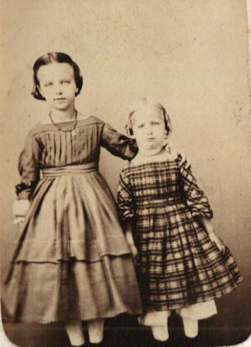 Florence Winona Baker, b. 1857, and her sister Myrtle Jennie Baker, b. 1859, courtesy Marion County [Ohio] Historical Society. (Click to enlarge.)